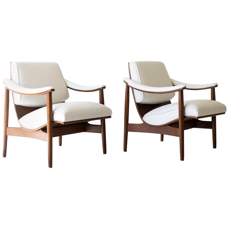 Modern Thonet Lounge Chairs For Sale
