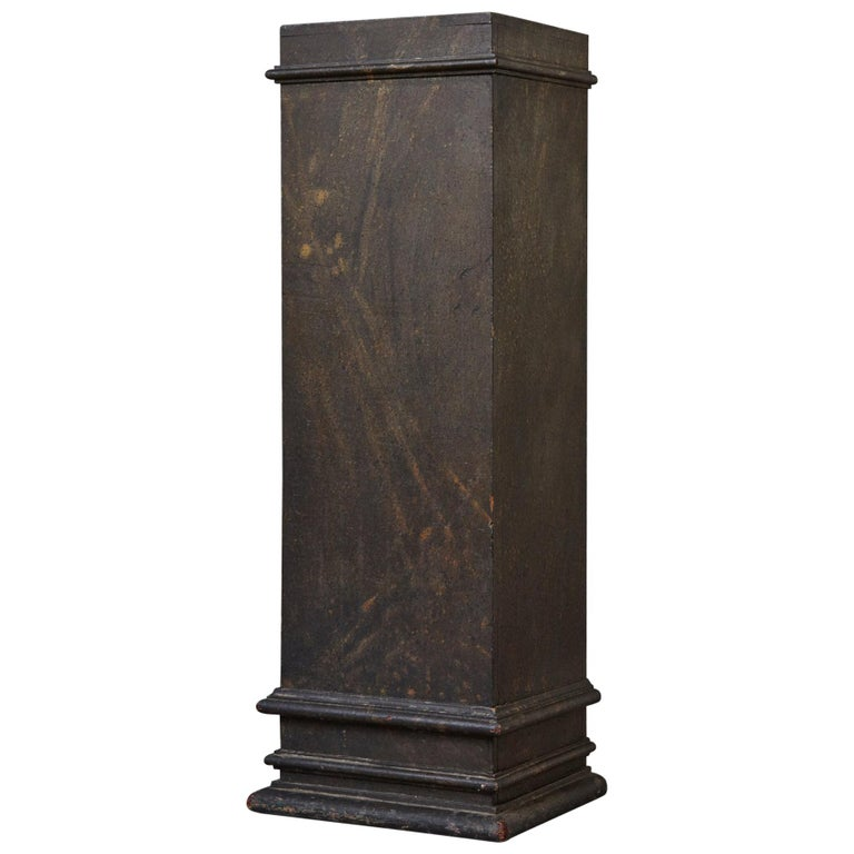 19th Century Swedish Hand-Painted Pedestal with Faux Marbleized Pattern