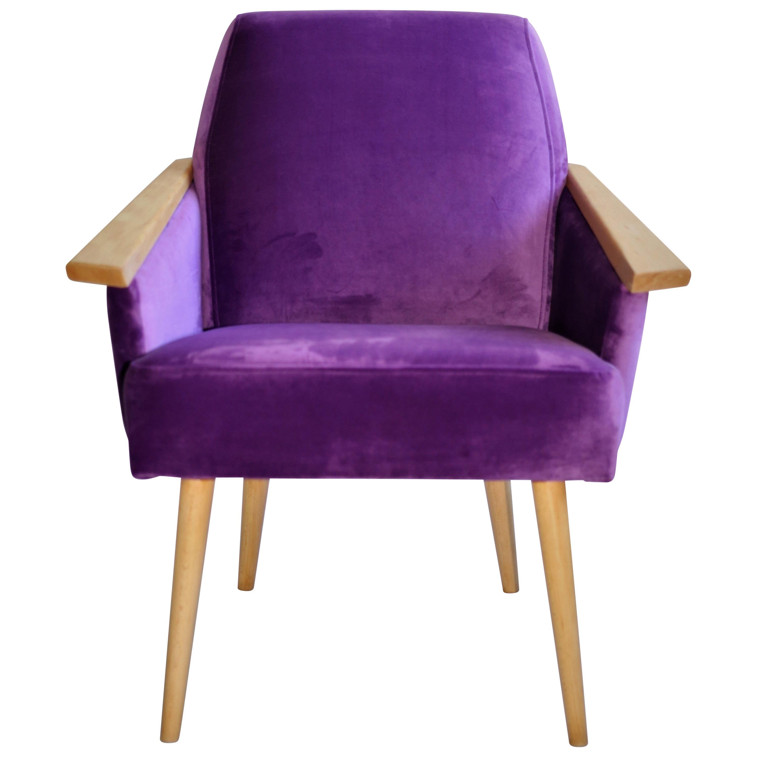 Polish Club Armchair In Purple Velvet From 20th Century For Sale