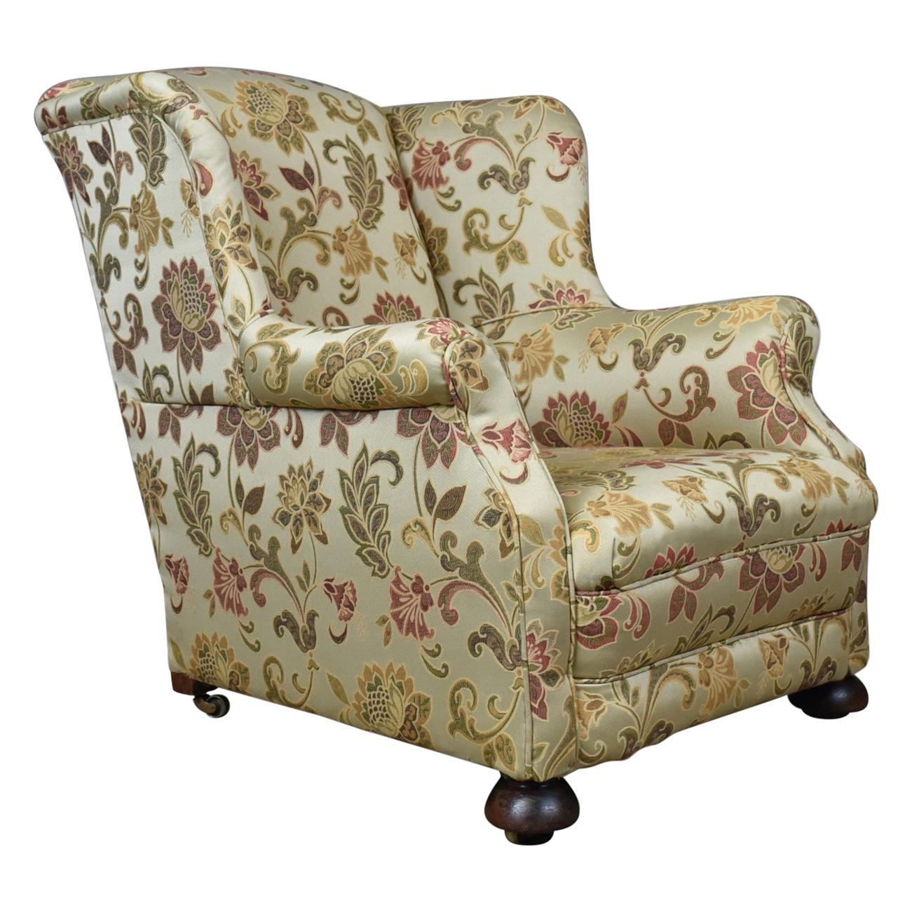 Exceptionnel Antique Wingback Armchair, English, Victorian, Deep, Club Chair, Circa 1900  For