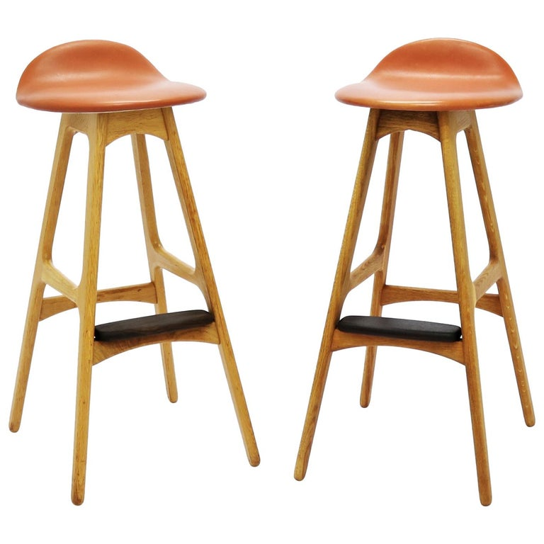 Pair of Vintage Erik Buch Bar Stools Model OD61 in Oak and Rosewood