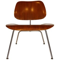 Eames Molded Plywood Lounge Chair for Herman Miller with Metal Base