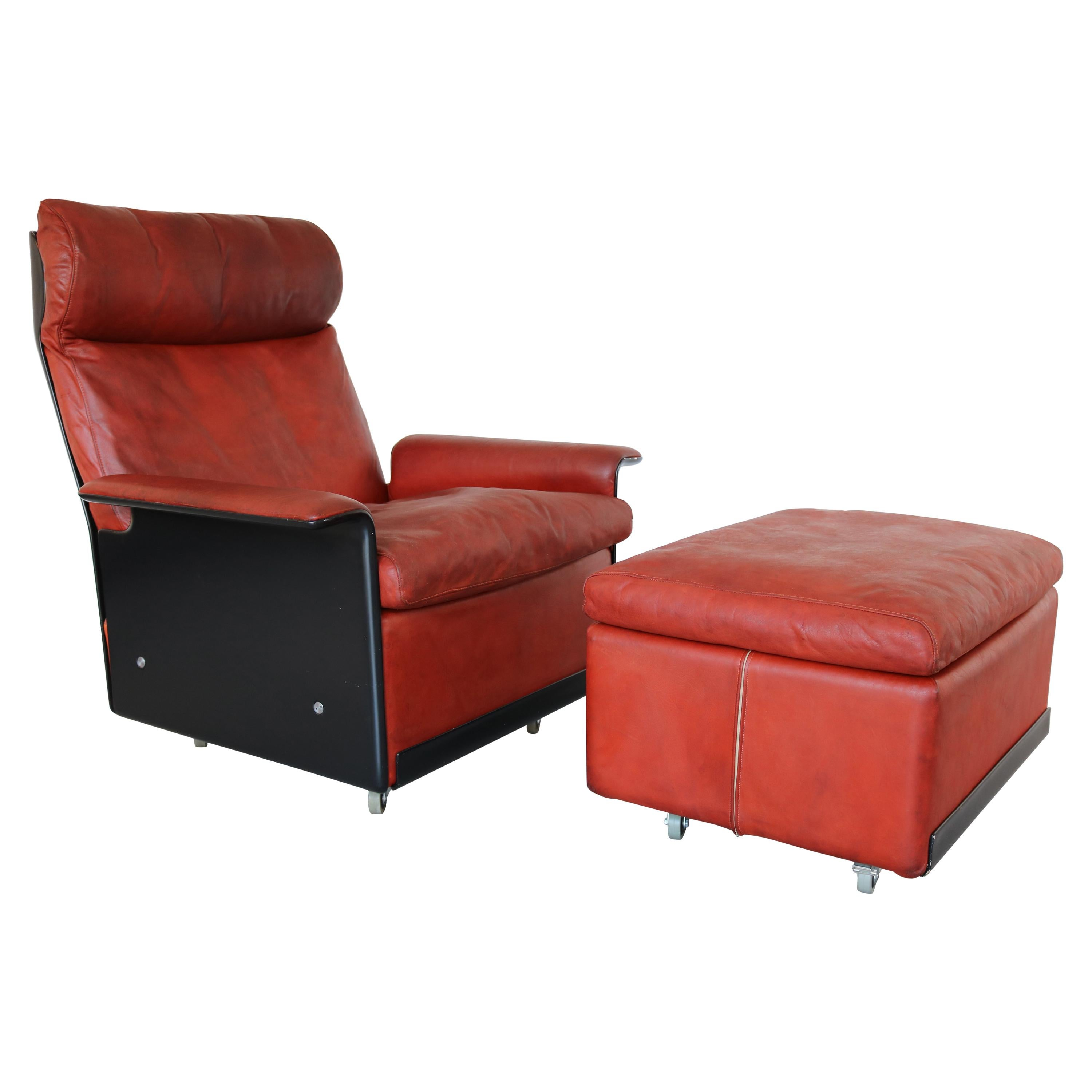 Gentil 620 High Back Leather Lounge Chair And Ottoman By Dieter Rams For Vitsoe,  1960s For