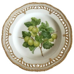 Royal Copenhagen Flora Danica Fruit Plate No 429/3554