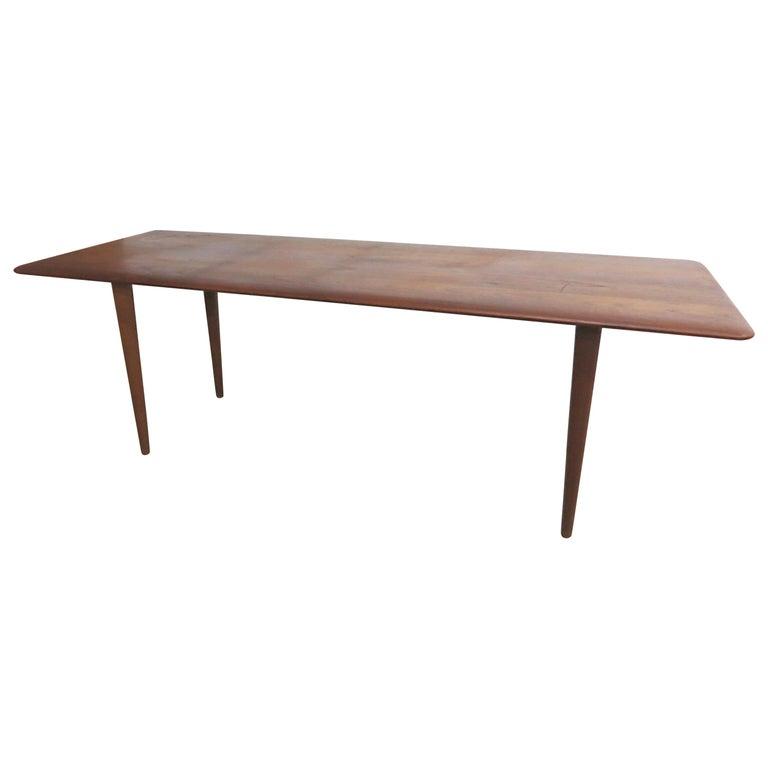 FD 516 Peter Hvidt & Orla Mølgaard Nielsen France & Son Danish Teak Coffee Table For Sale