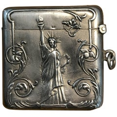 Lovely 800 Grade Solid Silver Vesta Case Depicting Statue of Liberty in America