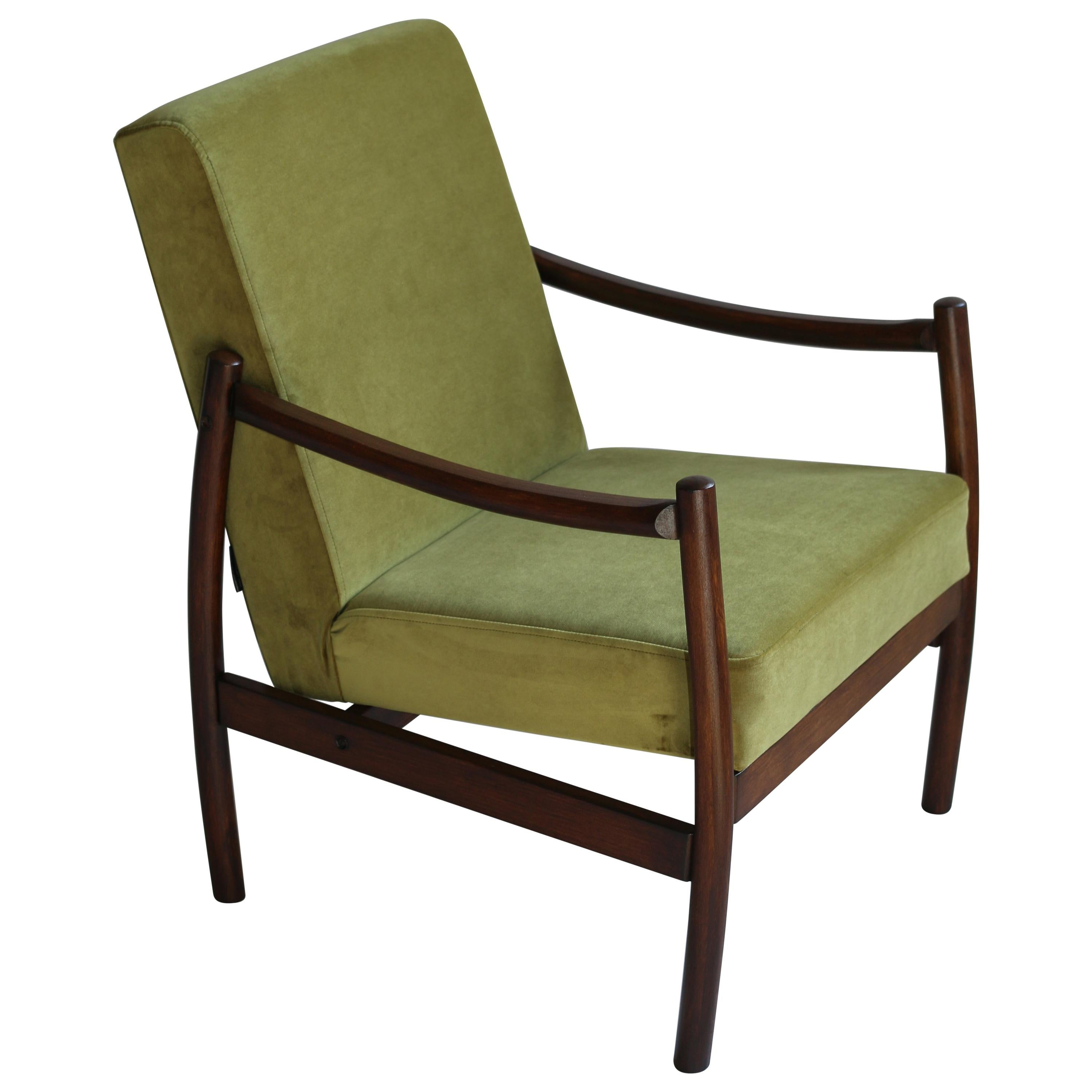 Polish Vintage Armchairs In Green Velvet From 1970s For Sale