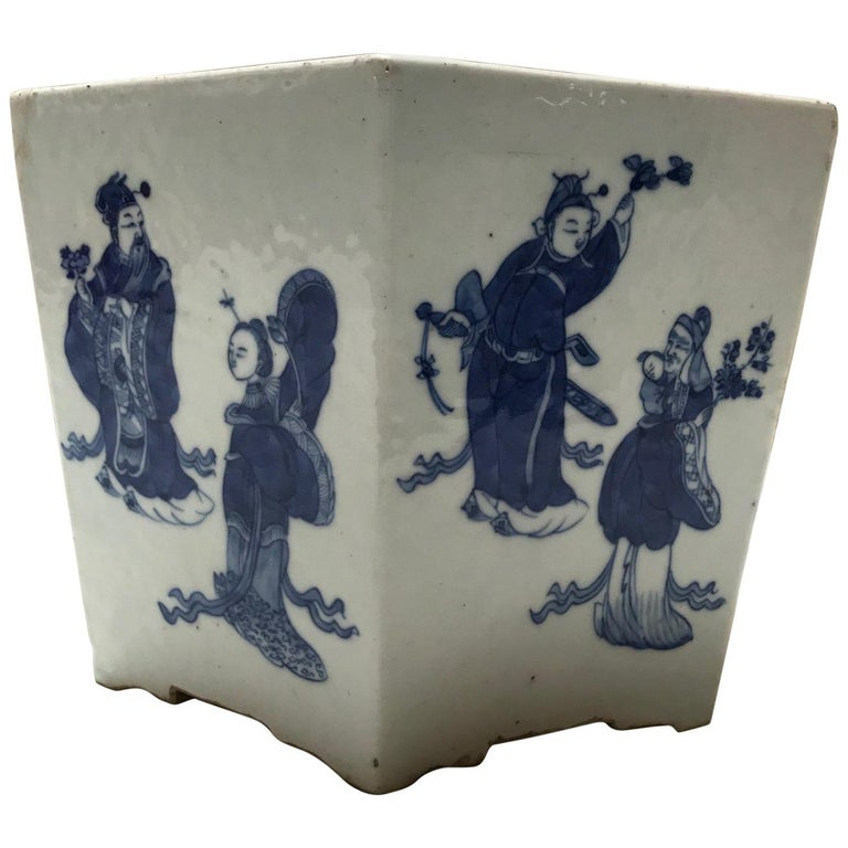 Vintage 1950s Chinese Blue and White Hex-Pot For Sale