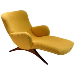 "Original ""Contour"" Lounge Chair by Vladimir Kagan, USA, circa 1955"