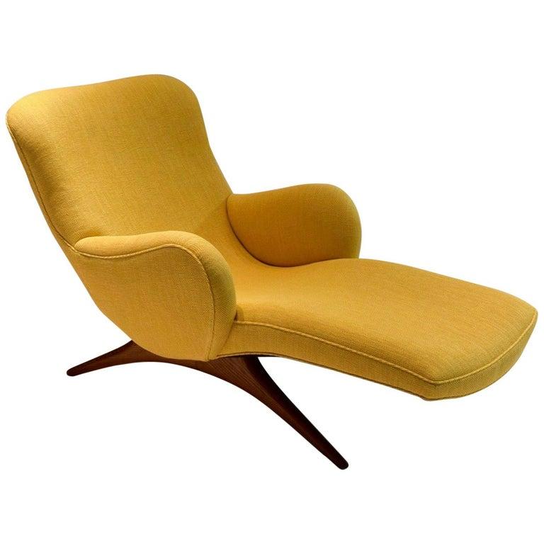 "Original ""Contour"" Lounge Chair by Vladimir Kagan, USA, circa 1955"