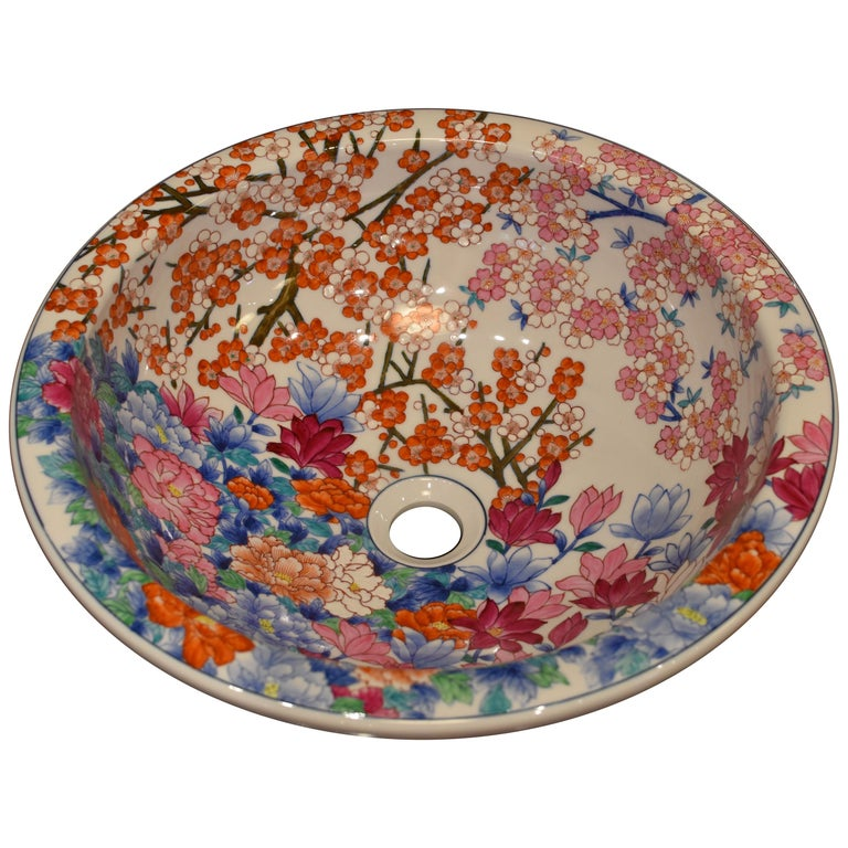 Japanese Hand-Painted Porcelain Washbasin by Contemporary Master Artist For Sale
