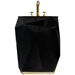 Brabbu Diamond Free Stand in Wood with Black Gloss Finish
