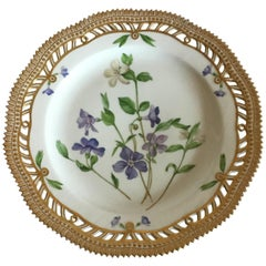 Royal Copenhagen Flora Danica Lunch Plate No 20/3533