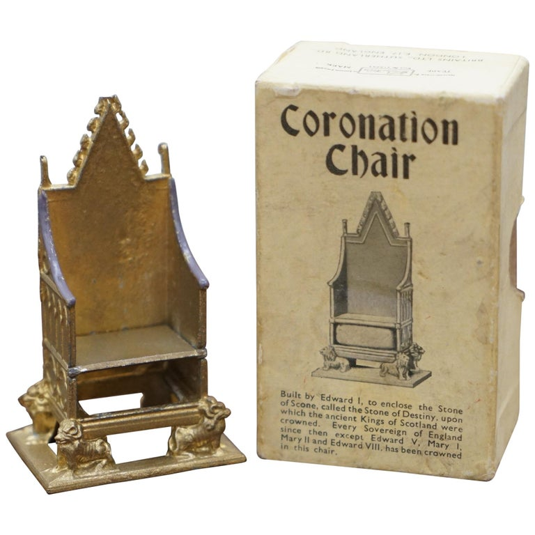 1950s Vintage Britain's Model No. 86D of the Coronation Chair of England Queen For Sale