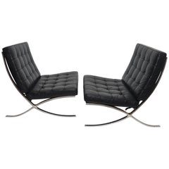 Pair of Knoll Barcelona Style Black Leather Chairs, Mies van der Rohe