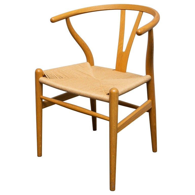 Wishbone Chair by Hans Wegner For Carl Hansen