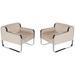 Pair of White Mid-Century Modern Club Lounge Chairs After Milo Baughman