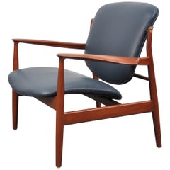 Finn Juhl FD 136 Teak and Navy Blue Leather Lounge Chair