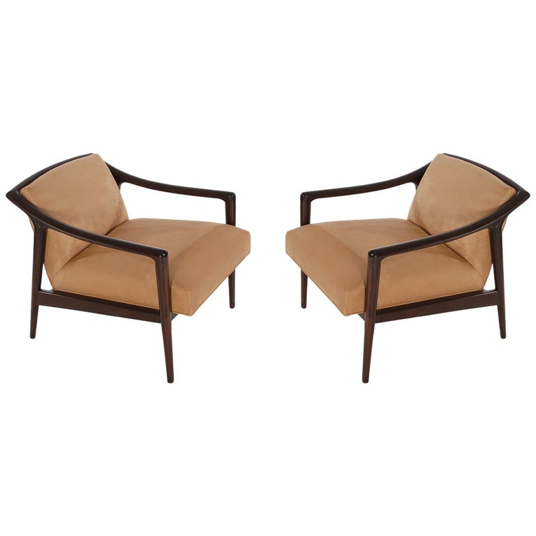 Pair of Midcentury Italian Modern Lounge Chairs in Walnut after Gio Ponti