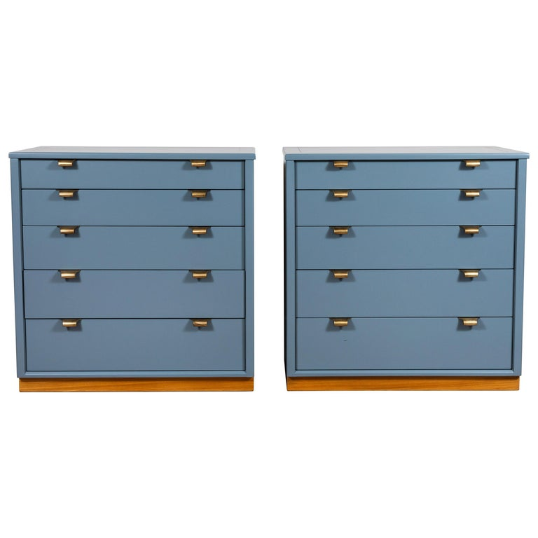 Pair of Vintage Chests by Edward Wormley for Drexel Precedent Line For Sale