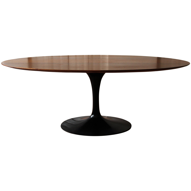 Walnut Oval Tulip Table By Eero Saarinen For Knoll
