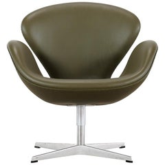 Arne Jacobsen Leather Swan Chair Fritz Hansen