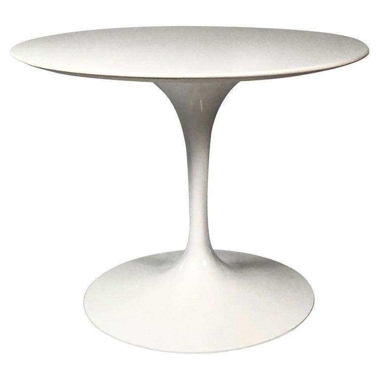 Round Knoll Saarinen Pedestal Table For Sale At Stdibs - Knoll pedestal table