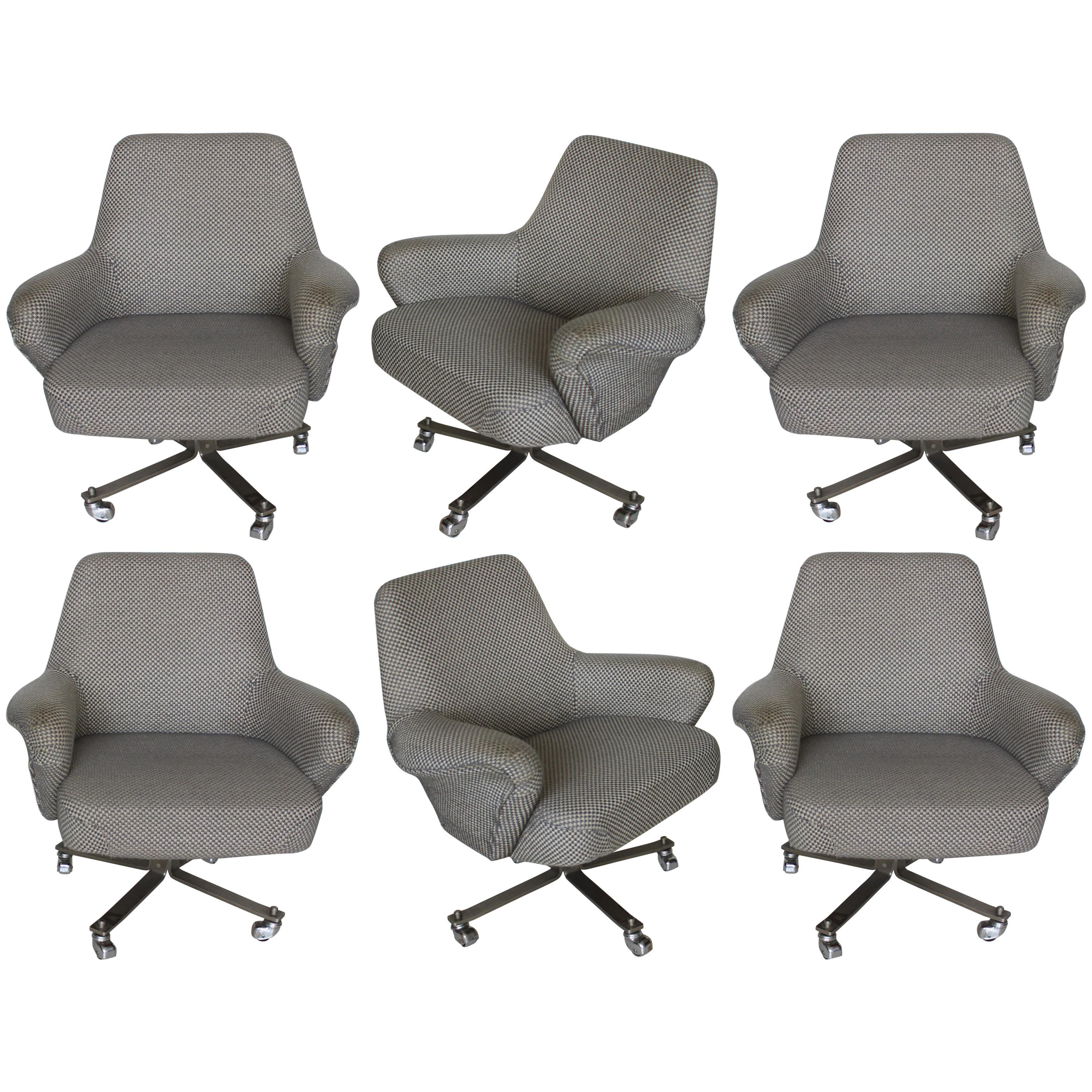 Set Of Six White And Grey Formanova Swivel Armchairs, 1970s For Sale