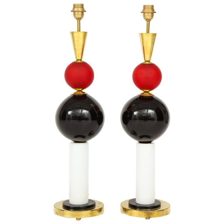 Unique Pair of Tall Red, White and Black Murano Glass and Brass Lamps, Italy For Sale
