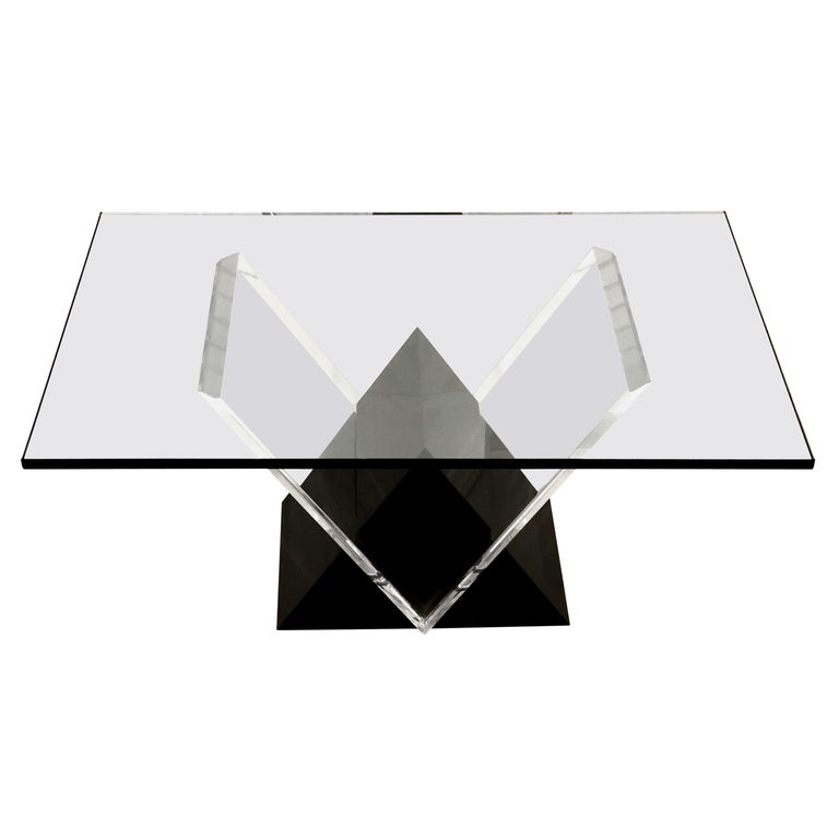 Mid-Century Modern Lucite and Glass Coffee Table For Sale