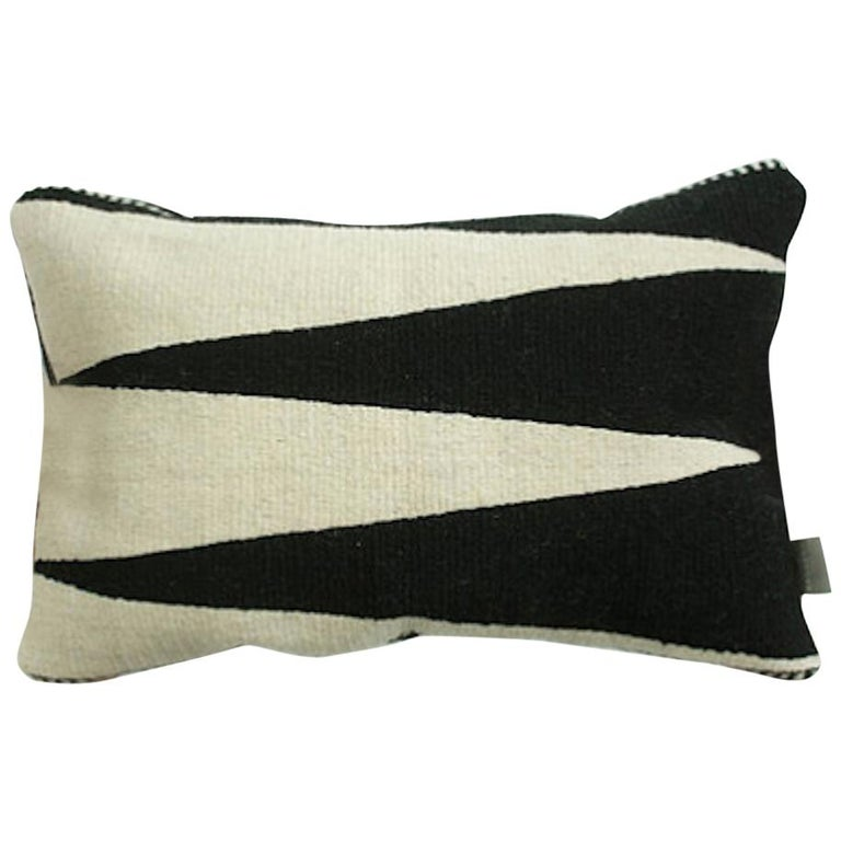 Atacama Home handwoven wool throw pillow, 2018