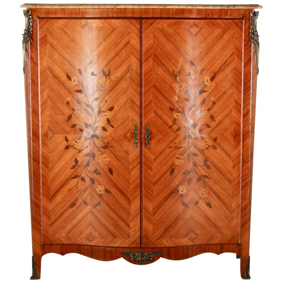 Ordinaire French Marquetry Louis XV Cabinet