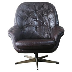 1970s Danish Midcentury 'Bucket' Leather Swivel Armchair