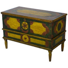 Multicolored Blanket Chest with a Geometric