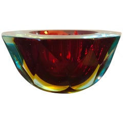 Seguso Italian Sommerso Red Murano Glass Ashtray, circa 1970