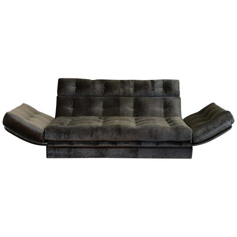 1980s Italian Sofa in Gunmetal Grey Jacquard Velvet