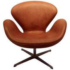 Swan Chair Model 3320 by Arne Jacobsen in 1958 and Fritz Hansen, 2003