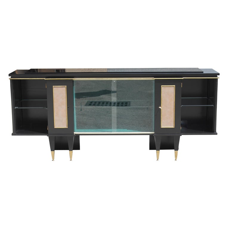 Classic French Art Deco Sideboard, Bar or Credenza, circa 1940s