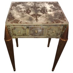 End or Lamp Table with Gilt Legs and Églomisé Designed Mirrored Top and Sides