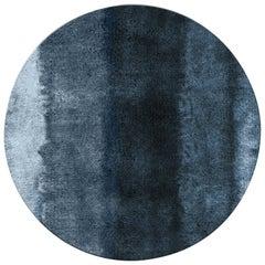 Brabbu Baltic Kreisförmiger Handgetufteter Gefärbter Wolle Teppich in Blautönen