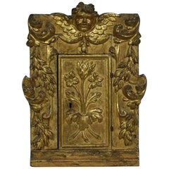 18th Century Italian Carved Giltwood Baroque Tabernacle with Angel