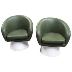 Mid-Century Modern Pair of Italian Armchairs with Wooden Base from 1970s
