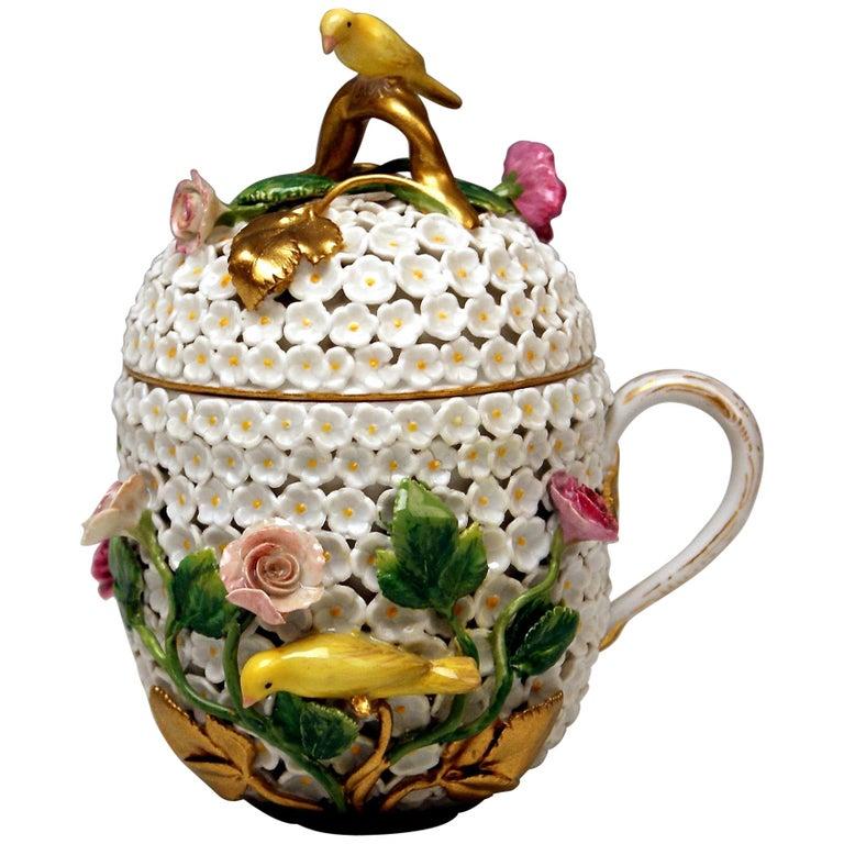 Meissen Lidded Cup with Snowball Pattern and Handle Made circa 1850 For Sale