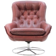 Scandinavian Leather Swivel Armchair, Peem