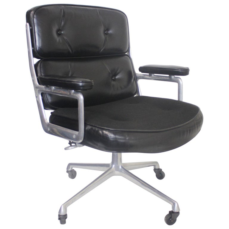 1960s Mid-Century Modern Herman Miller Time Life Executive Desk Lounge Chair