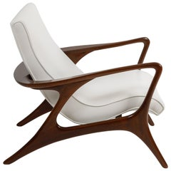 Early Vladimir Kagan Walnut and White Leather 'Contour' Lounge Chair, USA, 1950s