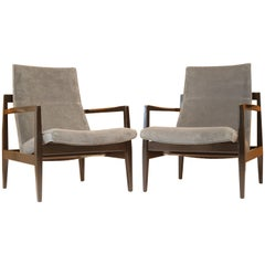 Pair of Floating Jens Risom Lounge Chairs