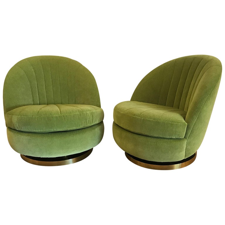Milo Baughman, Green Swivel and Tilt Lounge Chairs, USA, 1970s