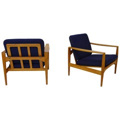 Pair of Scandinavian Modern Easy chairs designed by Illum Wikkelsø