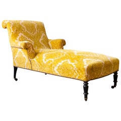 French 19th Century Scrolled Back Chaise Longue in Patterned Gold Velvet